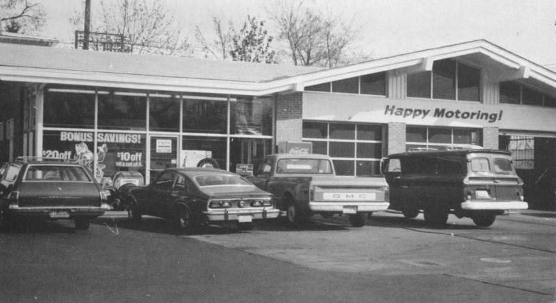 Exxon Station 1975