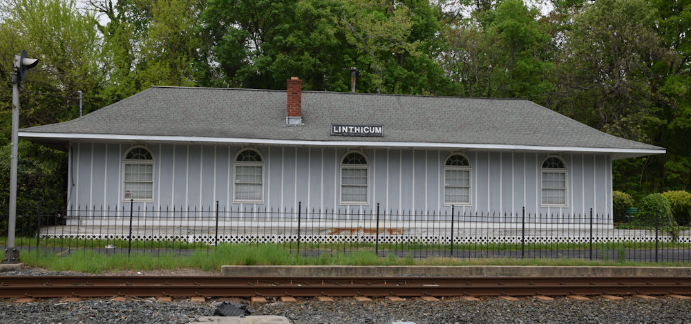 Linthicum Hgts                       Maryland Train Station