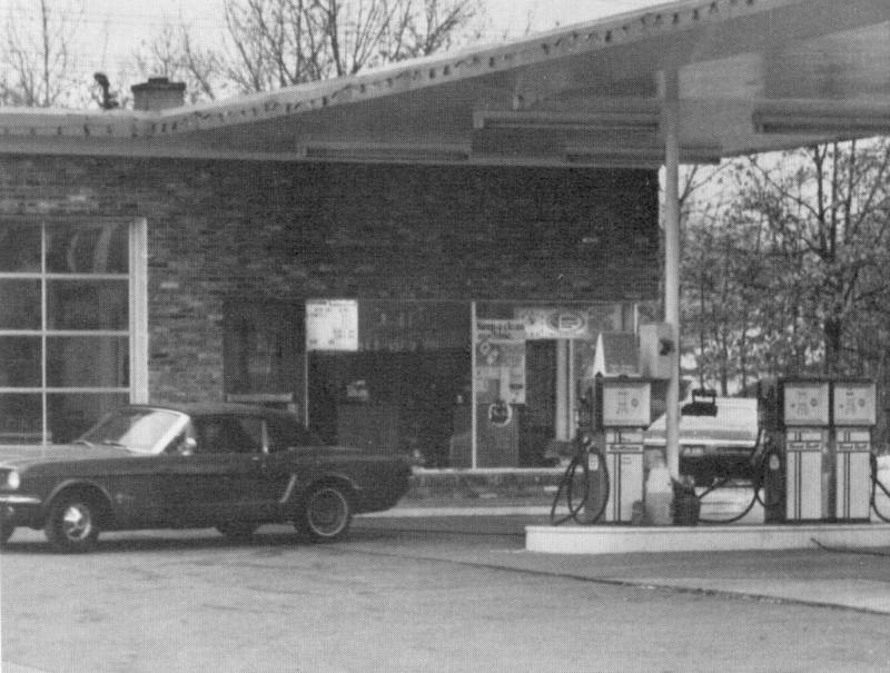 Linthicum Gas                 Station 1970s Maryland